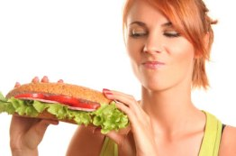 woman-with-healthy-sandwich-craving