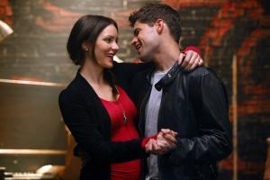 Motivos para amar a segunda temporada? Karen e Jimmy, que vivem um casal pra lá de fofo dentro e fora do musical.